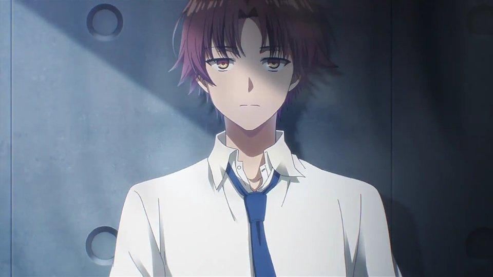 Kiyotaka con su mirada fija, analizando a sus rivales, casi todos personas inteligentes.