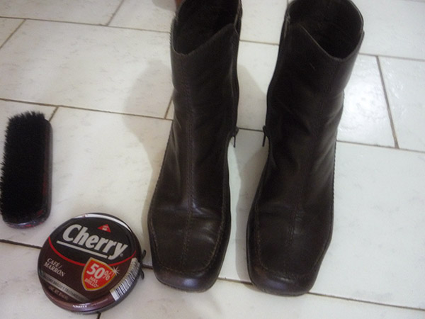 Cómo pulir calzado de cuero